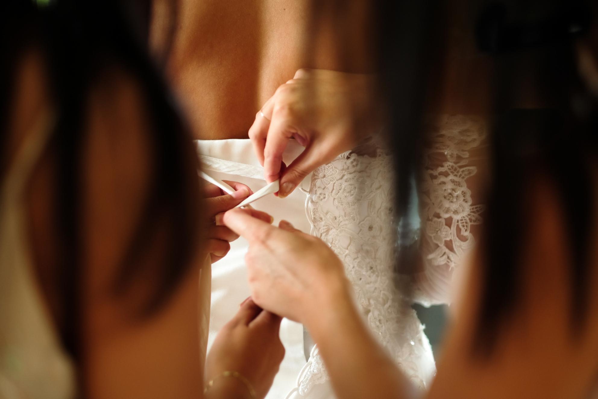 Voor de bruiloft 1 - - - foto door Ingemarije9955 op 24-10-2017 - deze foto bevat: bruid, bruiloft, intiem, bruidsmeisjes, fujifilm, bruidsfotografie, bruidsjurk, f/1.2, 56mm