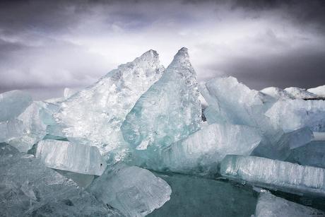 Kruiend ijs IJselmeer