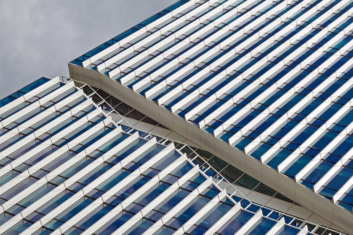 Zuidas 23 - Amsterdam - foto door nak-kos op 19-09-2015 - deze foto bevat: amsterdam, lijnen, architectuur, diagonaal