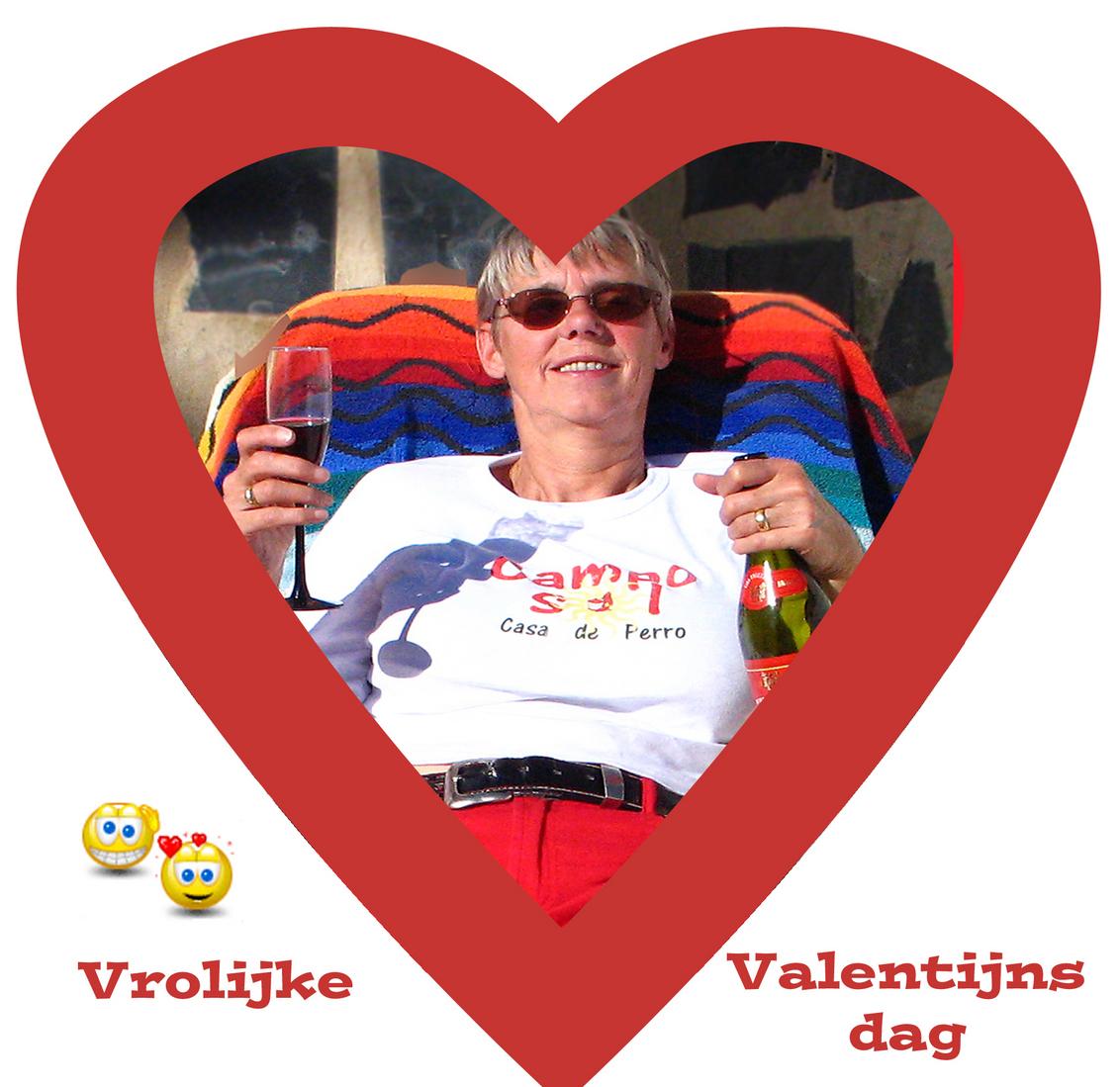 Valentijn - En ik maar poetsen vandaag. :( Wel bij 21 graden:) - foto door Nel Hoetmer op 14-02-2014 - deze foto bevat: portret, spanje, nel