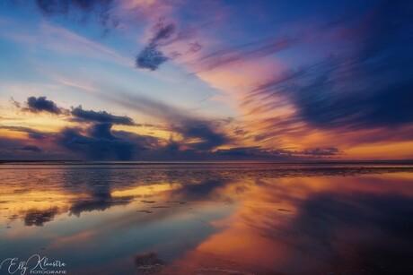 Kleur en reflectie in het water