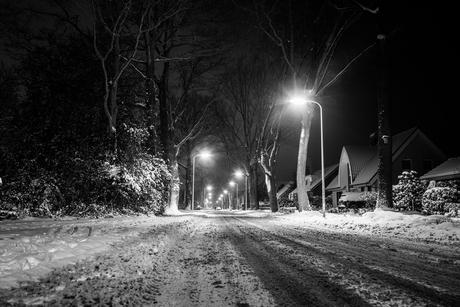 Langkampweg by night with snow 01