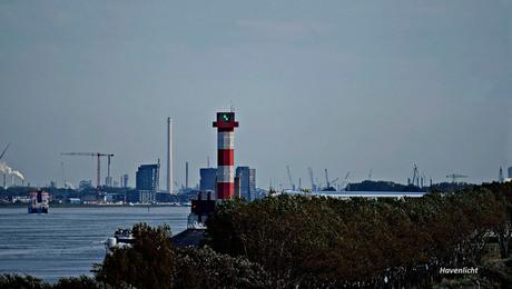 2) Havenlicht bij de Scheepvaart_DSC8107