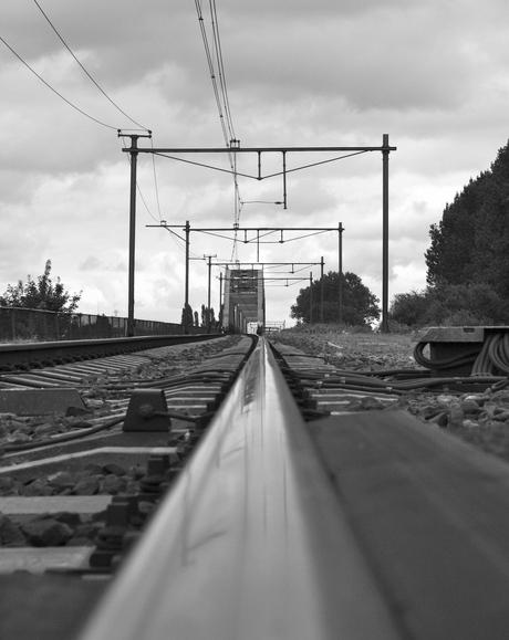 langs het spoor