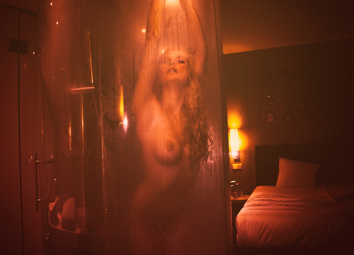 Love Hotel...The red room - . - foto door william-aponno op 27-10-2014