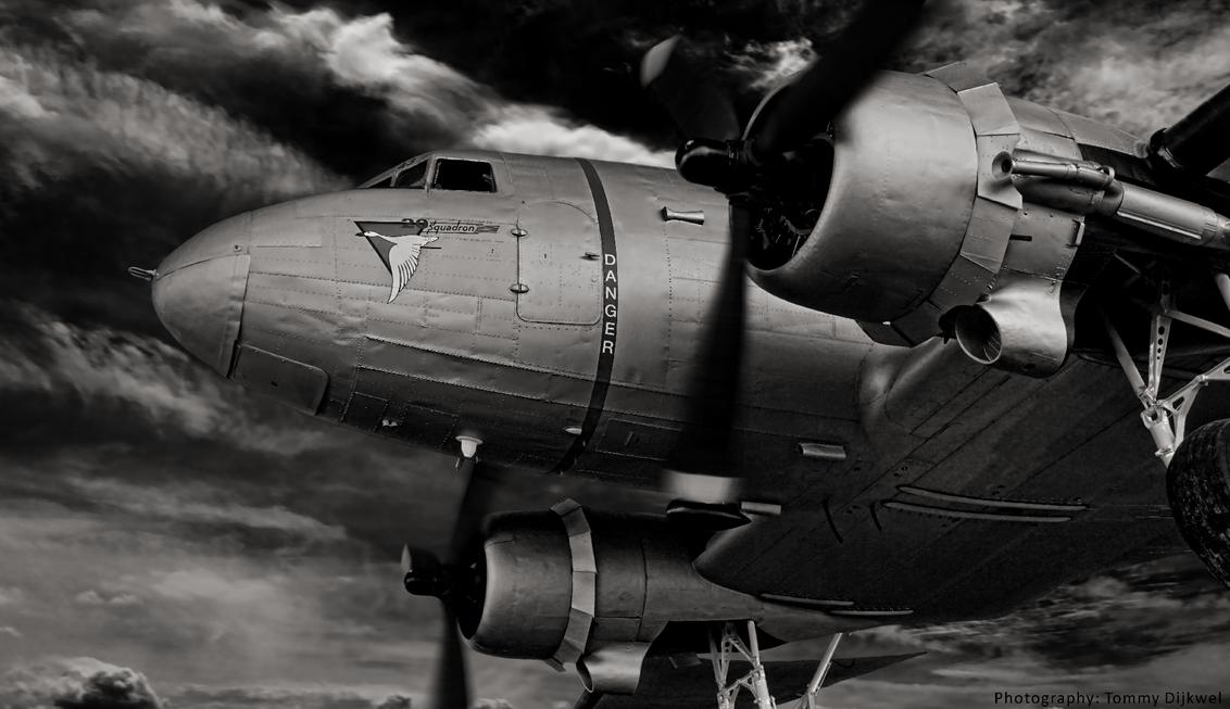 The Old One - Een Nederlandse Douglas DC3 Dakota.  [b]Sony A6000 met SEL18200[/b]  [i][url=http://www.dijkwel.com]www.dijkwel.com[/url][/i] - foto door TommyDijkwel op 21-02-2017 - deze foto bevat: dakota, soesterberg, dc3, bewerkingsuitdaging