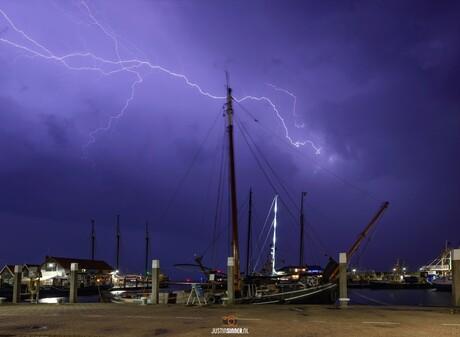 Onweer boven de Waddenzee. Texel.