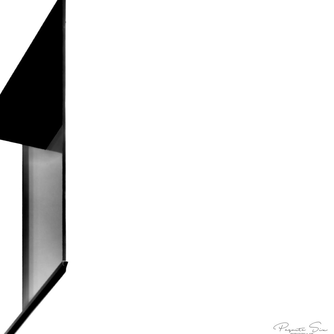 Abstracte archi - - - foto door Paquita op 28-10-2020 - deze foto bevat: abstract, licht, lijnen, architectuur, gebouw, kunst, zwartwit