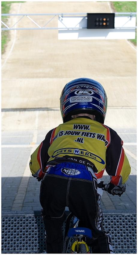 Rider ready, watch the light...