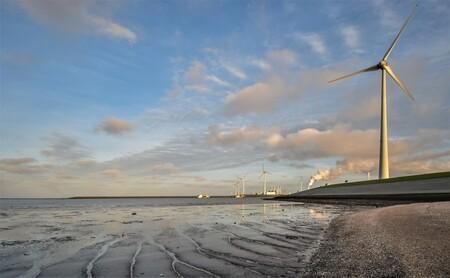Eemshaven - weer vertraging van het cruiseschip ...maar aan het wad is er altijd wat... te zien :d  iedereen bedankt voor de vorige reacties en kijken(tussen de - foto door j.bosch.01 op 26-03-2019 - deze foto bevat: wolken, zee, water, natuur, boot, avond, zonsondergang, spiegeling, landschap, zand, kust, polder