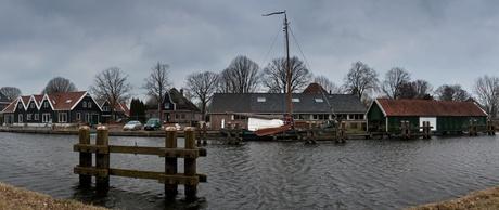 Boot bij sluis