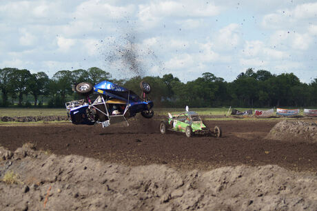 Crash (2) ...