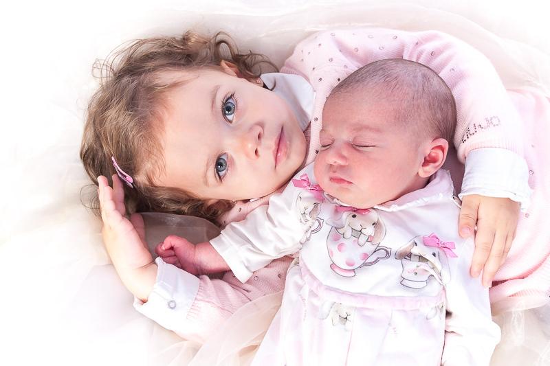 ik heb een zusje - baby-1.jpg - foto door dickyclaeys op 15-10-2014 - deze foto bevat: kind, baby, meisje