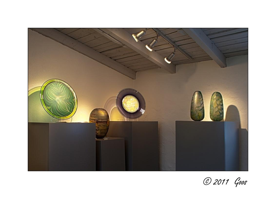 Glasblazerij 6 - Naast de glasblazerij was er ook een tentoonstellingsruimte annex winkel.  Ook dit is een HDR-opname. - foto door goosveenendaal op 29-01-2012 - deze foto bevat: glasblazerij