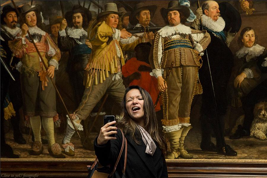 look at me..... - hallo allemaal, ben ik even weer. alles goed met jullie? ik hoop het wel. ik heb iets leuks voor jullie vandaag.  zoals velen weten mag je in het  - foto door close.to.yoU.fotografie op 16-01-2015 - deze foto bevat: vrouw, amsterdam, schilderij, Selfie, close to you fotografie, rijks museum