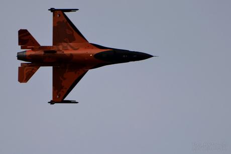 Demo F16