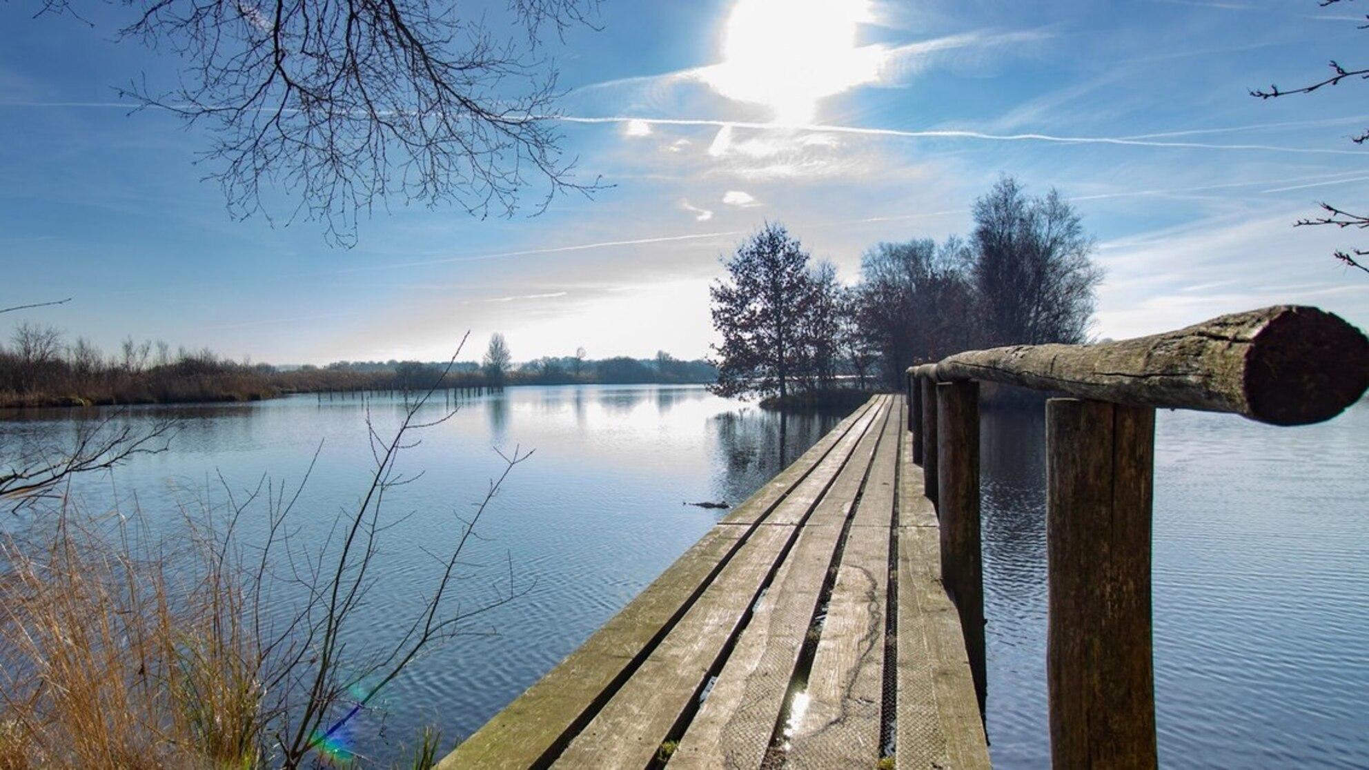 De Deelen - Februari 2019 - - - foto door Jasperrbos op 14-02-2019 - deze foto bevat: water, lente, natuur, brug, rust, friesland, deelen, mooi weer, veenlandschap