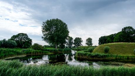 Slotgracht slot Loevestein