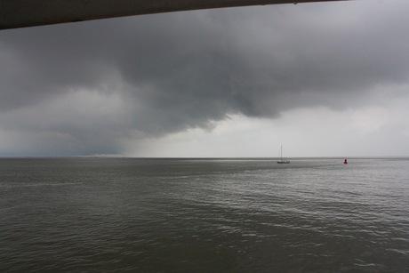 slecht weer op het wad.jpg