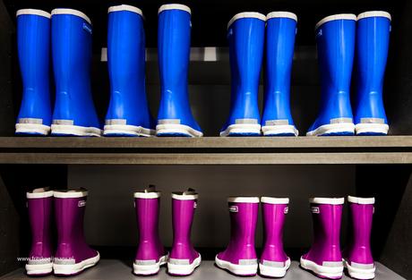 Laarzen in winkel op Vlieland