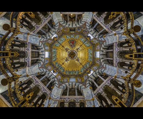 Plafond van de Dom in Aken