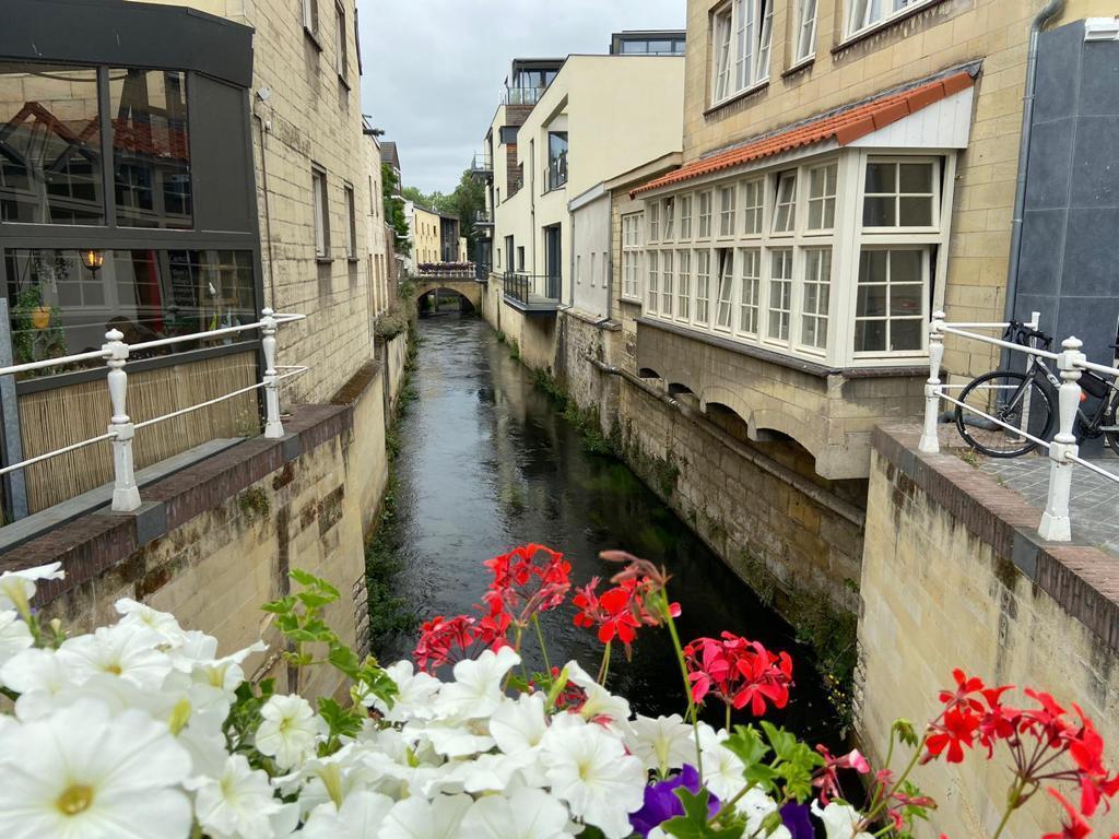 IMG-20210218-WA0021 - Zuid limburg valkenburg afgelopen zomer het is en blijft een schitterende omgeving en we komen er met liefde terug - foto door fluweelengrot2019 op 04-03-2021 - deze foto bevat: kleur, uitzicht, brug, straatfotografie