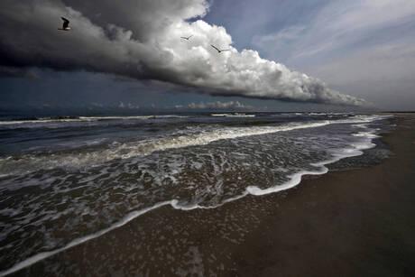 Wolkenstraat boven Noordzee