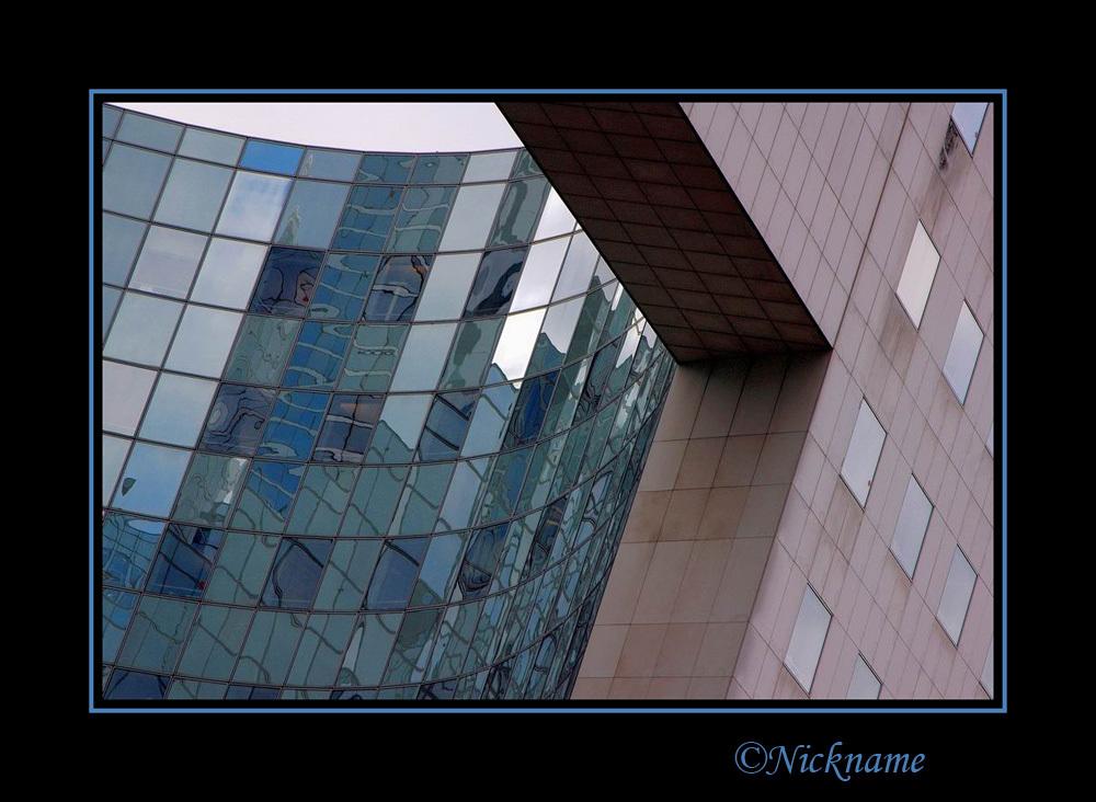 Glas in het rond - - - foto door Nickname op 27-05-2009 - deze foto bevat: glas, lijnen, kantoor, gebouw, ruiten