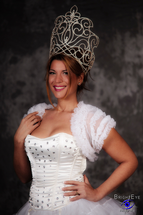 Miss Yolanda