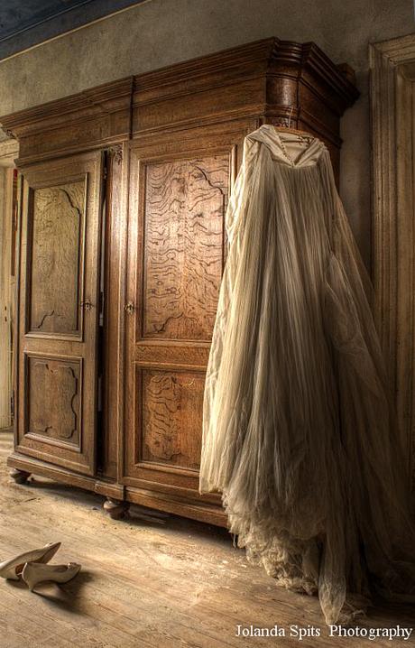 Maison of the bride