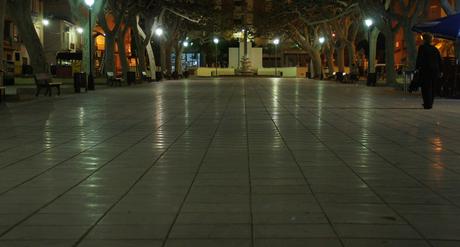 pleintje in Peco Spanje bij avond