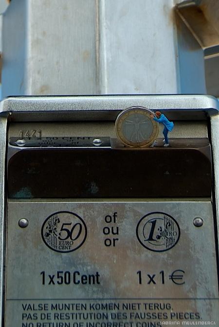 1 euro - Voor schitterende vergezichten is het gratis maar zit je meer detail kost het een klein centje. Papa trakteert de kids op een kijkje. - foto door sabbe op 13-01-2016 - deze foto bevat: miniatuur, H0