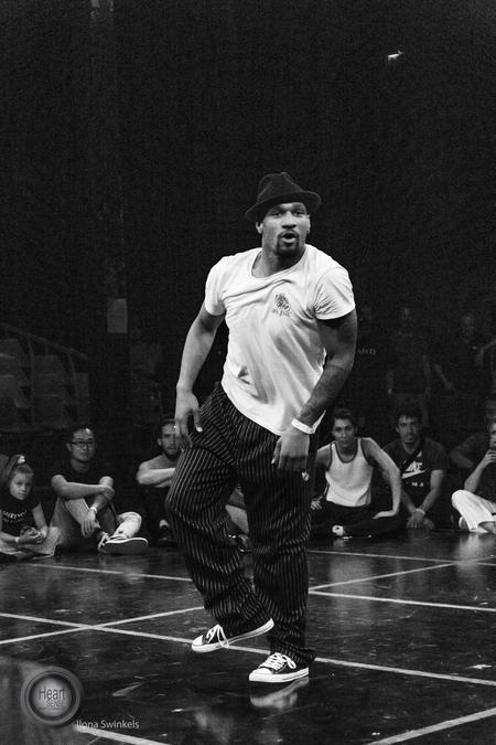 DSC_9110 - emoves festival - foto door Ilona-swinkels op 26-07-2018 - deze foto bevat: dans, dj, actie, emotie, beweging, Hip hop, emoves, popn
