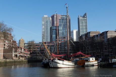 Boat in the city