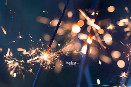 Sterretje - - - foto door marloeshi op 01-01-2016 - deze foto bevat: nieuwjaar, vuurwerk, jaarwisseling, dof, tamron, sterretje, bokeh, 90mm