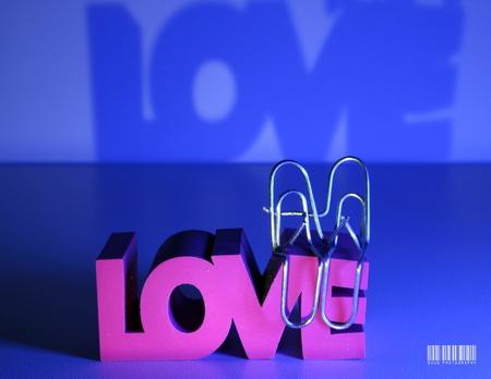 MY LOVE - - - foto door susannekim op 31-12-2020 - deze foto bevat: schaduw, creatief, paperclips, macrofotografie