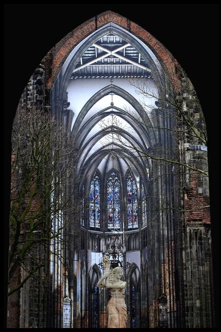 De Dom in Utrecht - straatbeeld van de Dom in Utrecht - foto door rijkers9 op 06-02-2021