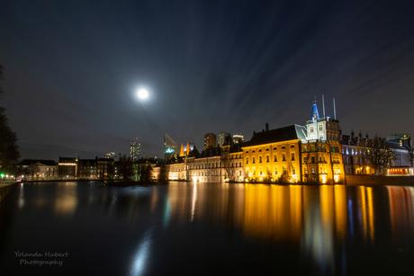Hofvijver Den haag bij maanlicht