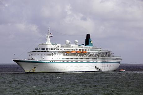 Cruiseschip De Albatros