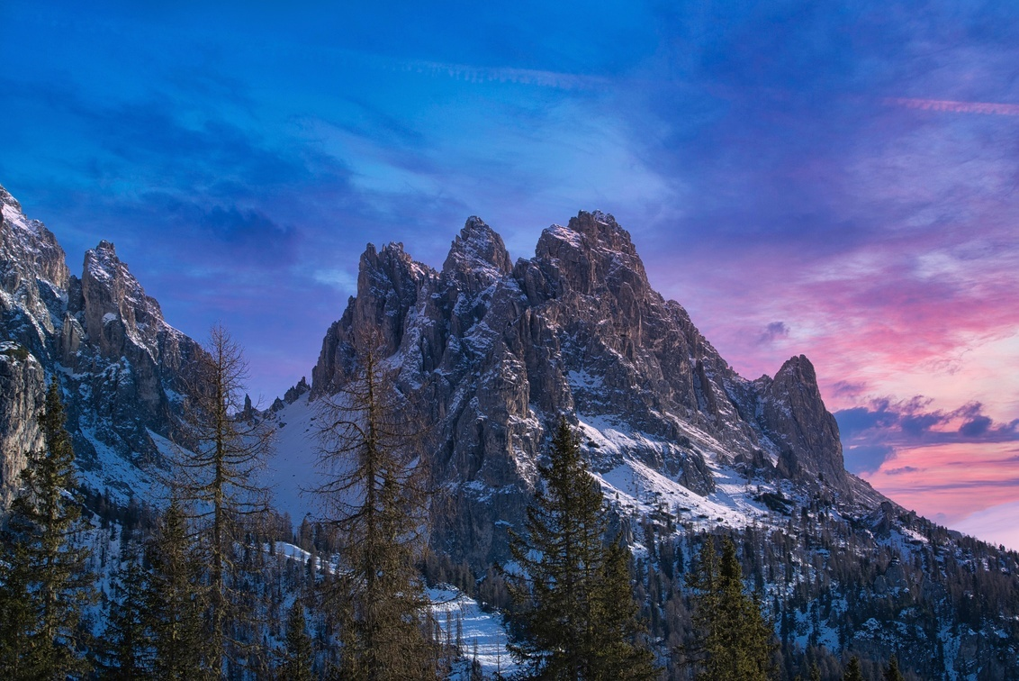 Dolomiti - The 2018 winter, we went to  Val Pusteria, Dolomites. Our location was perfect for some of the most iconic places on the Dolomites. This shot is from - foto door lcutolo op 27-11-2019 - deze foto bevat: pink, winter, sunrise, landscape, mountains, sony, snow, italy, alps, saturation, scape, vignette, tlp, ai, peaks, flickr, misurina, cime, Dolomites, purple sky, sony alpha, frozen lake, ngc, world trekking, world trekker, perfect effect, one software, blue hours, onone, luca cutolo, sony a7iii, south tyrol, onone raw 2019, braies, purple sunrise sky, sun-rise, luminar3, onone raw 2020, luminar4, belluno, auronzo di cadore, somadida, fanes-sennet-braies
