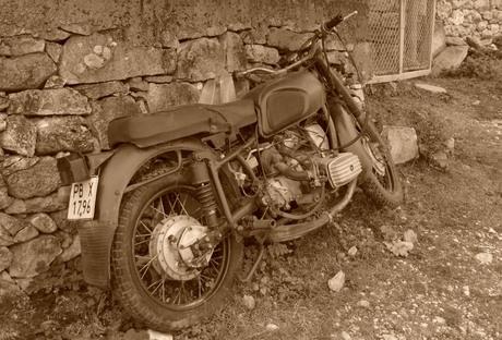 Oude BMW motor