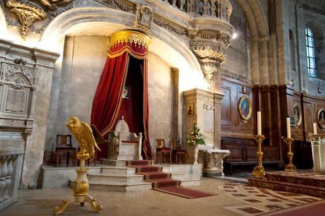 pauselijke zetel