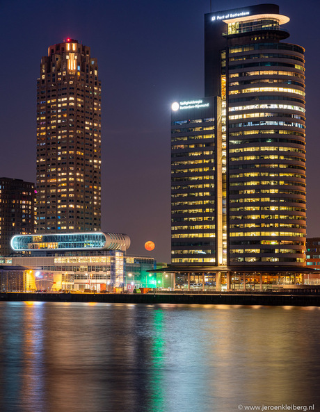 NL-Netherlands-Zuid-Holland-Rotterdam-08 april 2020