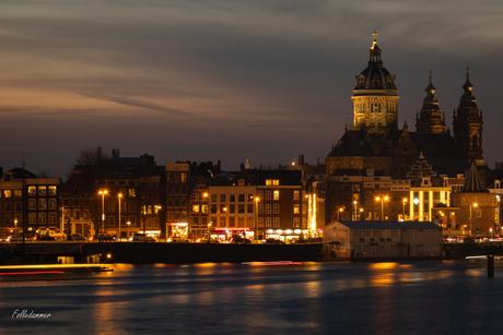 Basiliek van de Heilige Nicolaas by night