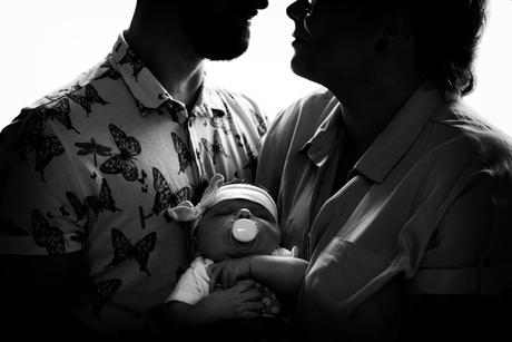 newborn Demi met papa en mama