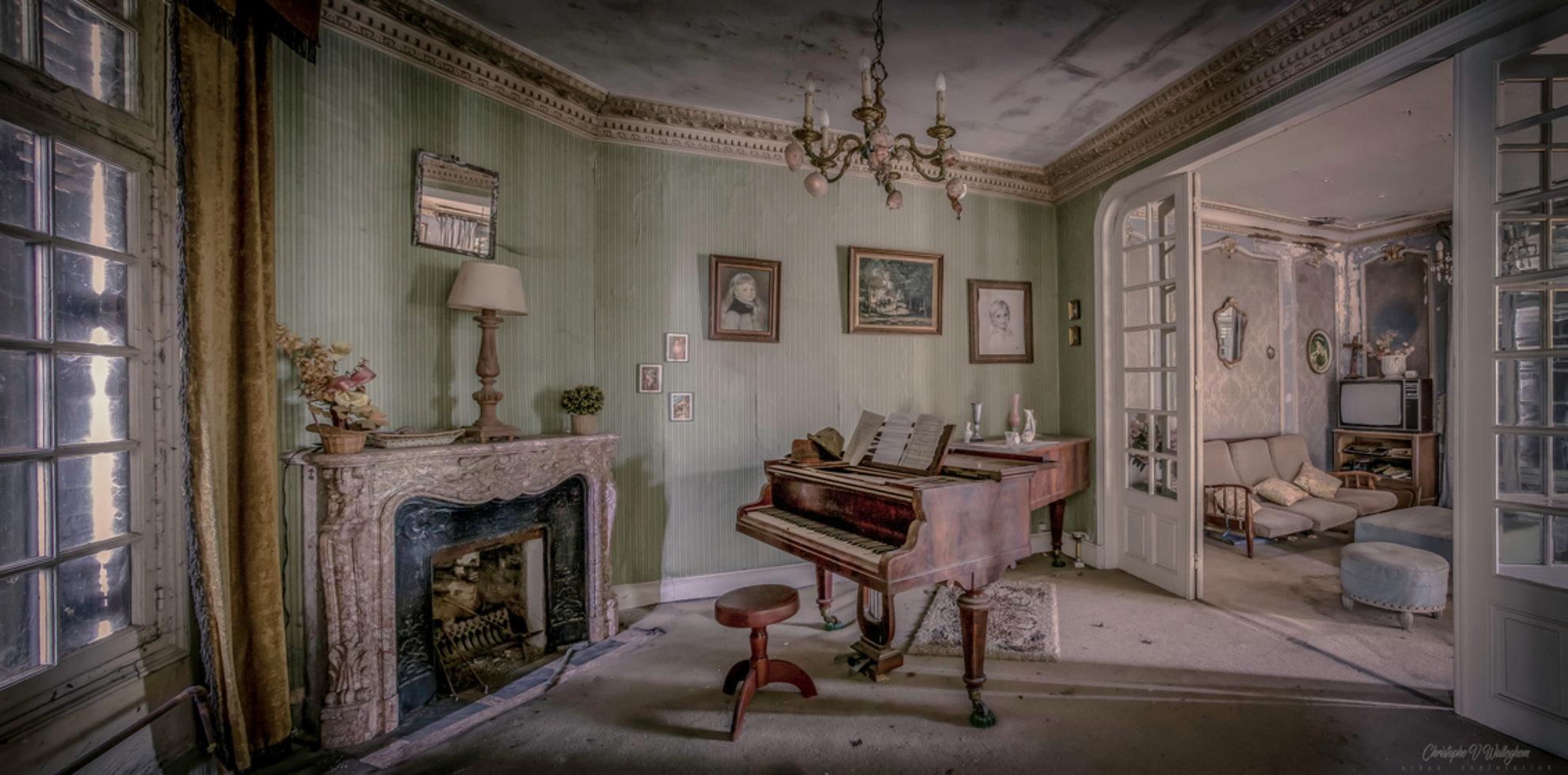 huis - - - foto door christophe0410 op 05-11-2017 - deze foto bevat: panorama, licht, bewerkt, schilderij, vintage, bewerking, sfeer, photoshop, hdr, creatief, sprookje, manipulatie, urbex, wallpaper, tonemapping, lightroom, bewerkingsuitdaging, urban exploring