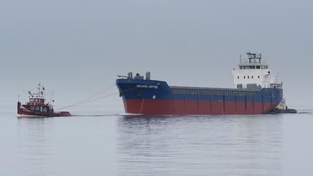 Trekken.... - ..... - foto door pietsnoeier op 04-04-2021 - deze foto bevat: boot