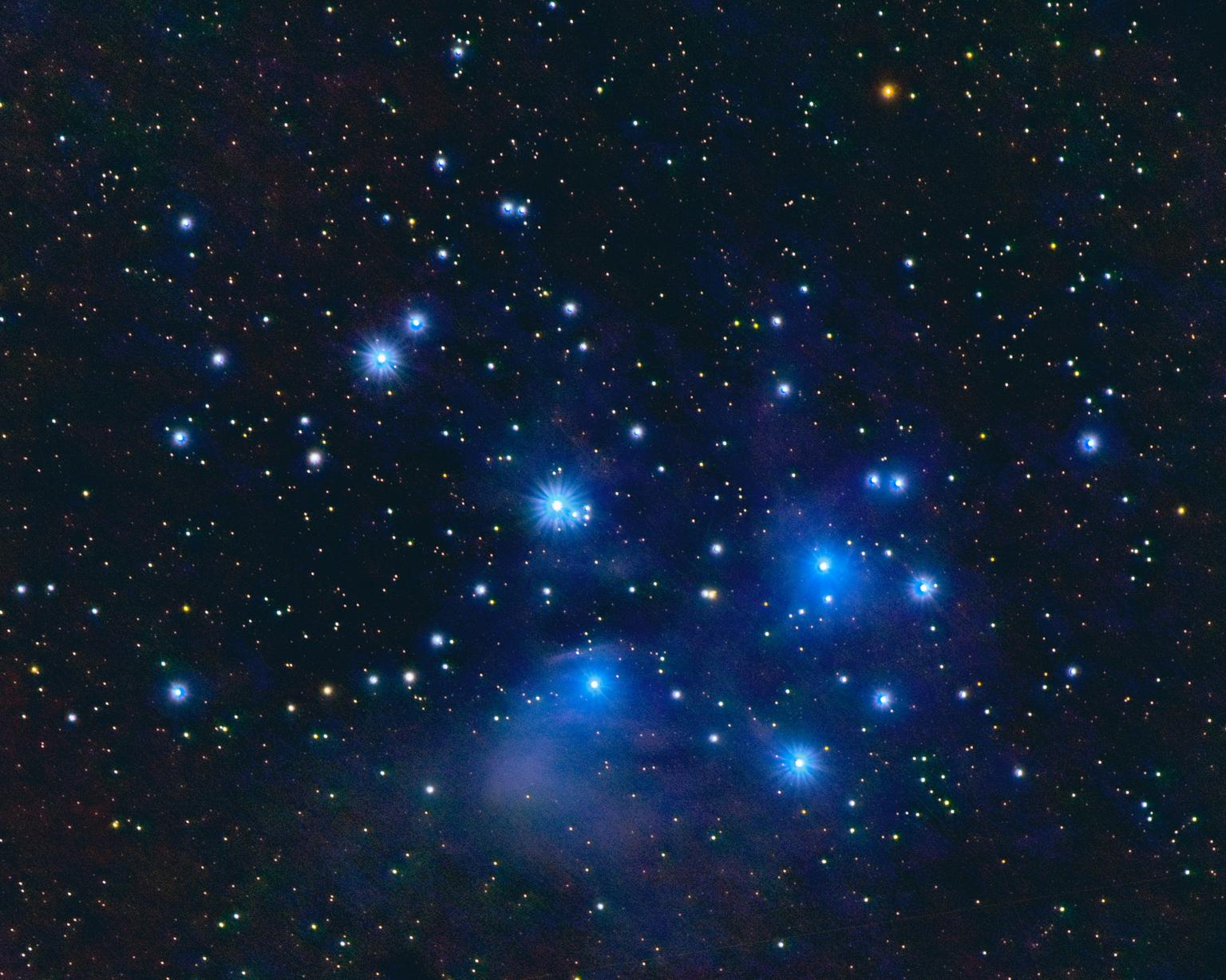 M45 Pleiaden - Opnames gemaakt op 2 maart 2021 met Nikon D7200 en Tamron 100-400 mm. Gebruikte brandpuntsafstand van 300mm en f/7.1.  De iOptron Skyguider Pro voor  - foto door ALEBruil op 15-04-2021 - locatie: Houten, Nederland - deze foto bevat: astrofotografie, pleiaden, m45, astronomisch object, wetenschap, ster, elektrisch blauw, ruimte, patroon, heelal, symmetrie, ruimte, universum