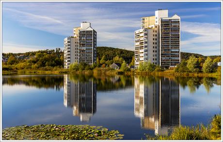 reflectie appartementgebouw