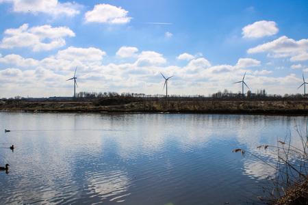 bijna) lentedag - - - foto door merylllouw op 28-02-2021 - deze foto bevat: lucht, wolken, zon, lente, natuur, winter, landschap, nederland